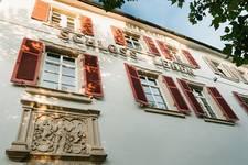 Bild vom Eingangsbereich vom Schloss Lehen