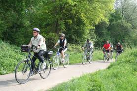 Radfahrer auf dem Jagstradweg