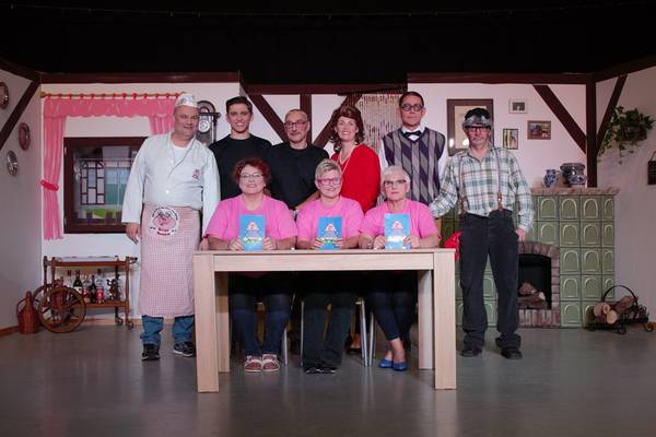 Gruppenbild der Schauspieler