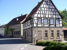 Das alte Rathaus im Stadtteil Hagenbach