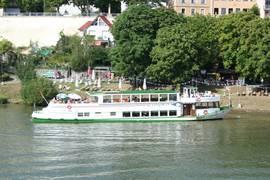 Das Schiff Neckarbummler auf dem Neckar