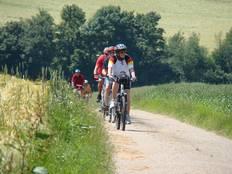 Radfahrer auf dem Kochertalradweg